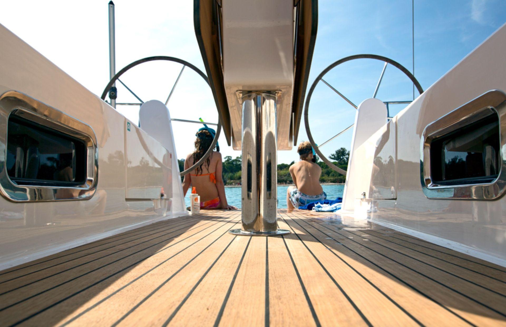 https://media.insailing.com/boat/adriatic-challenge/image_1568992343326.jpg