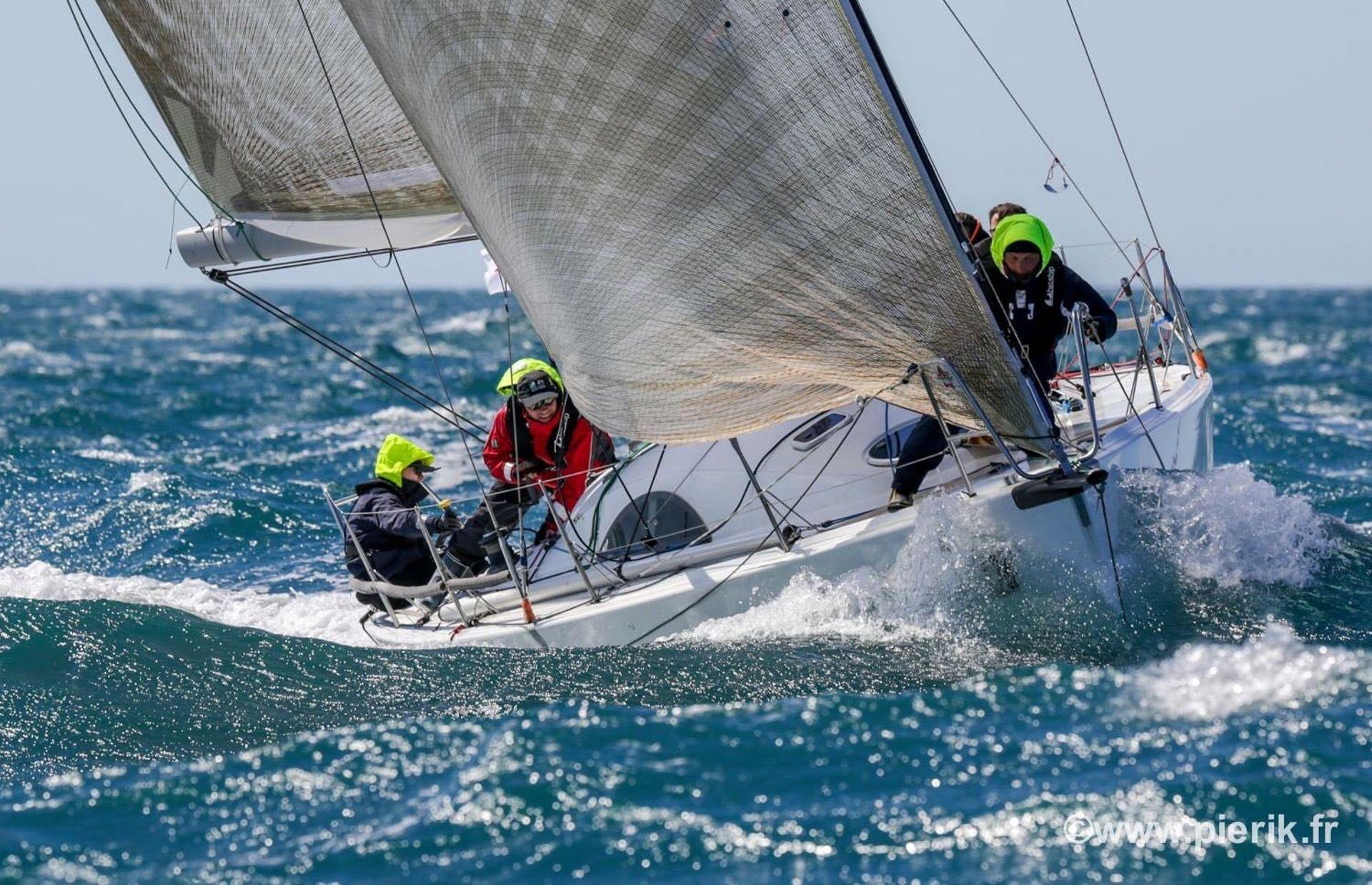 https://media.insailing.com/boat/archambault/image_1568380759725.jpg