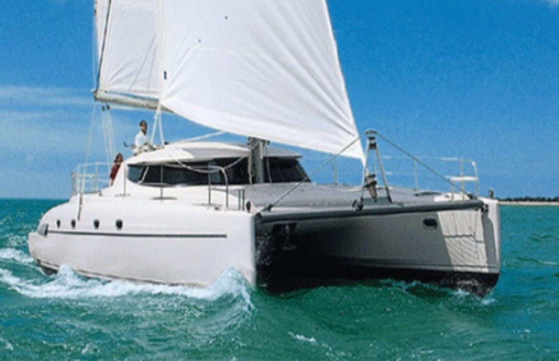 https://media.insailing.com/boat/bahia-46/image_1578404540993.jpg