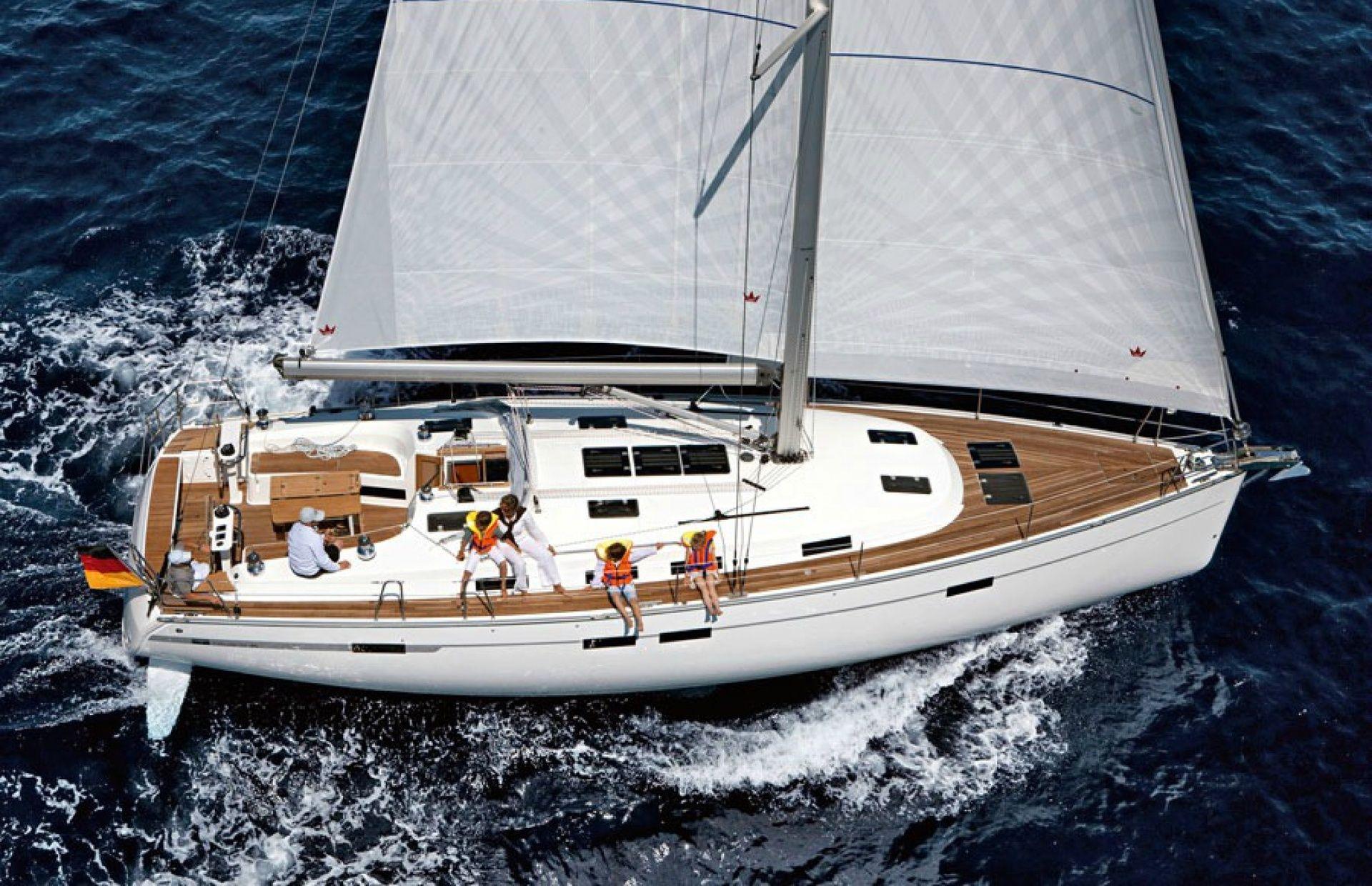 https://media.insailing.com/boat/bavaria-45-2/image_1596872505518.jpg