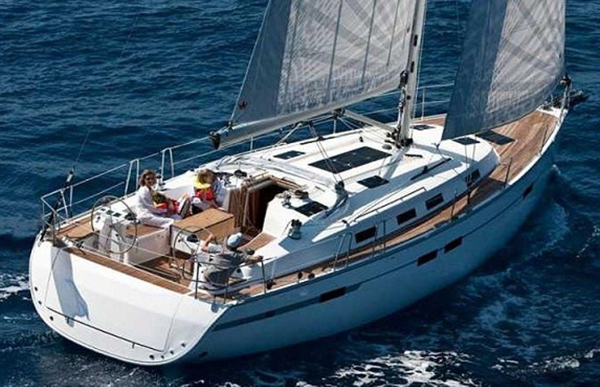 https://media.insailing.com/boat/bavaria-45/image_1564475539302.jpg
