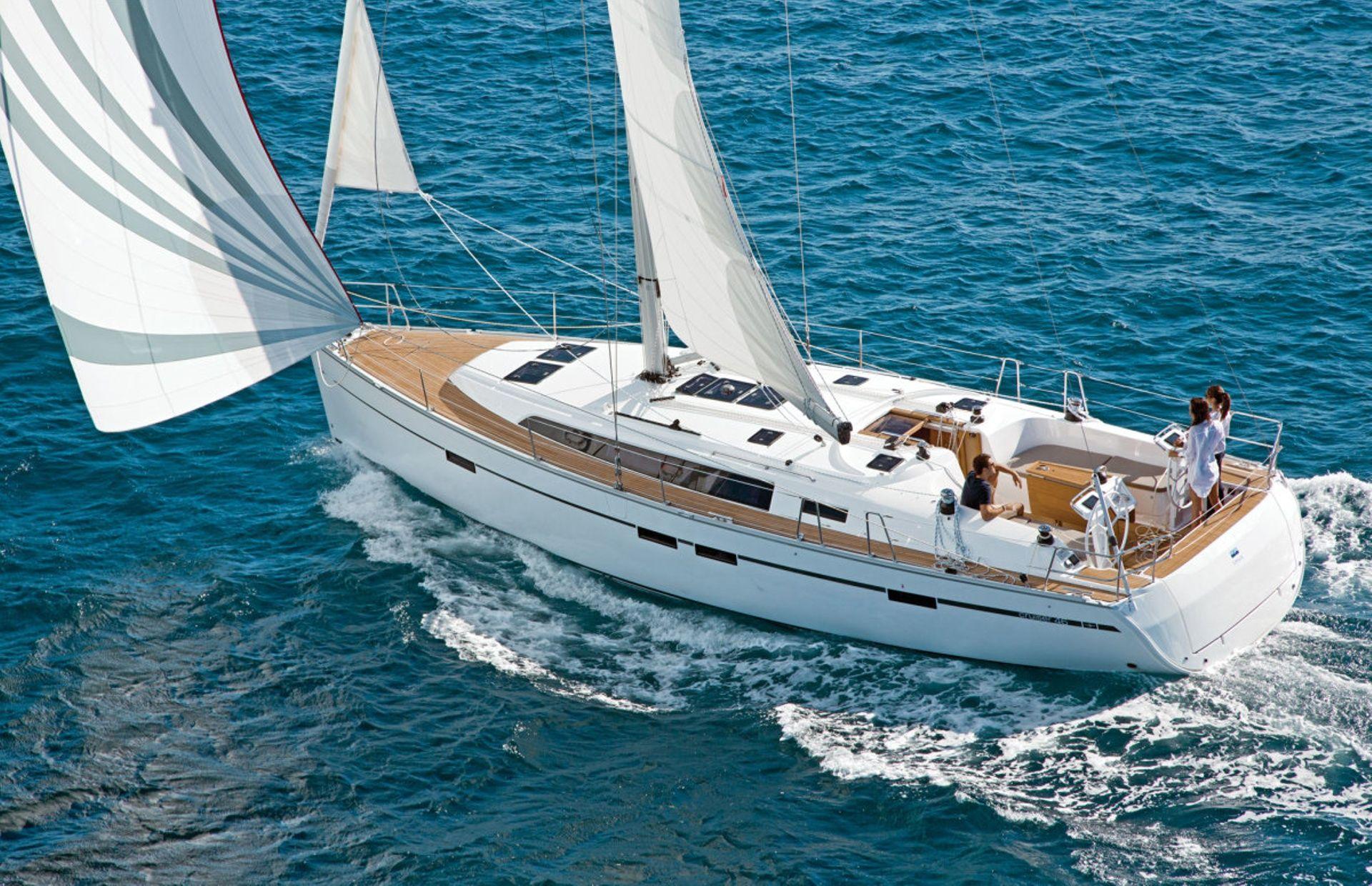 https://media.insailing.com/boat/bavaria-46-3/image_1581407153533.jpg