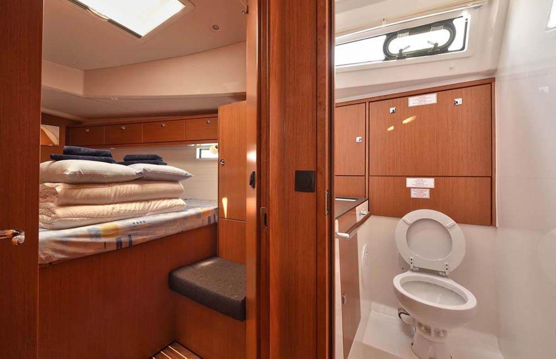 https://media.insailing.com/boat/bavaria-46-3/image_1581407153539.jpg