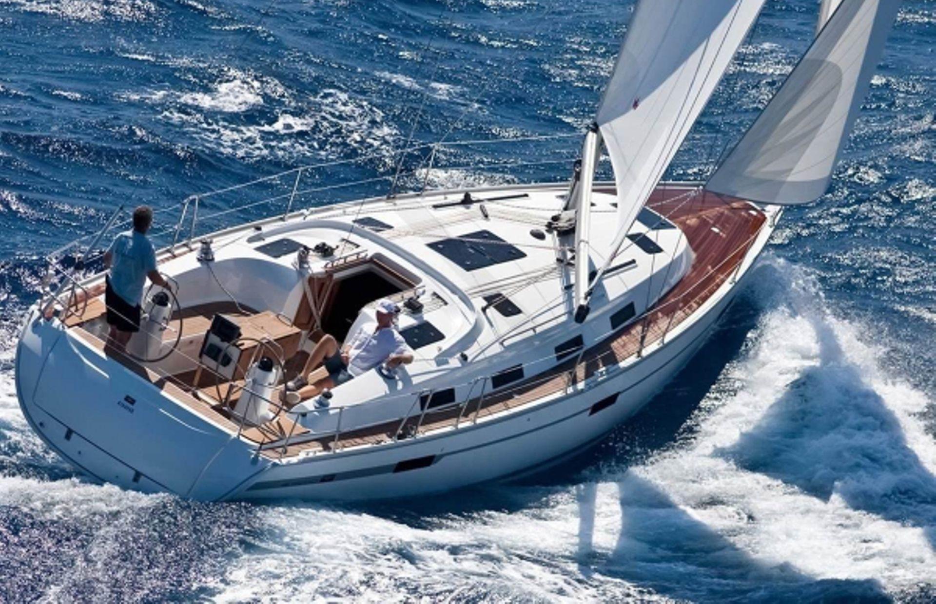 https://media.insailing.com/boat/bavaria-51/image_1564474811063.jpg