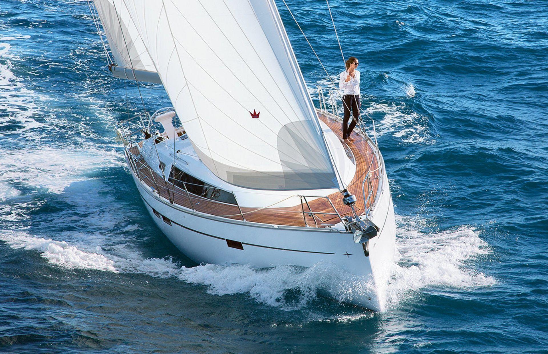 https://media.insailing.com/boat/bavaria-cruiser/image_1565696708801.jpg