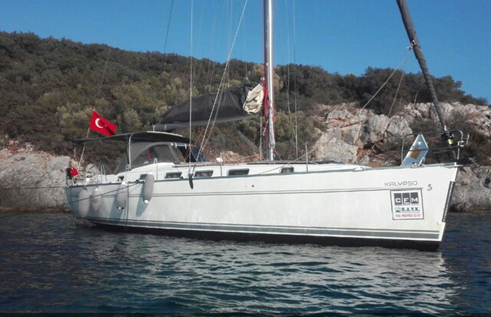 https://media.insailing.com/boat/beneteau-4/image_1569996524354.jpg