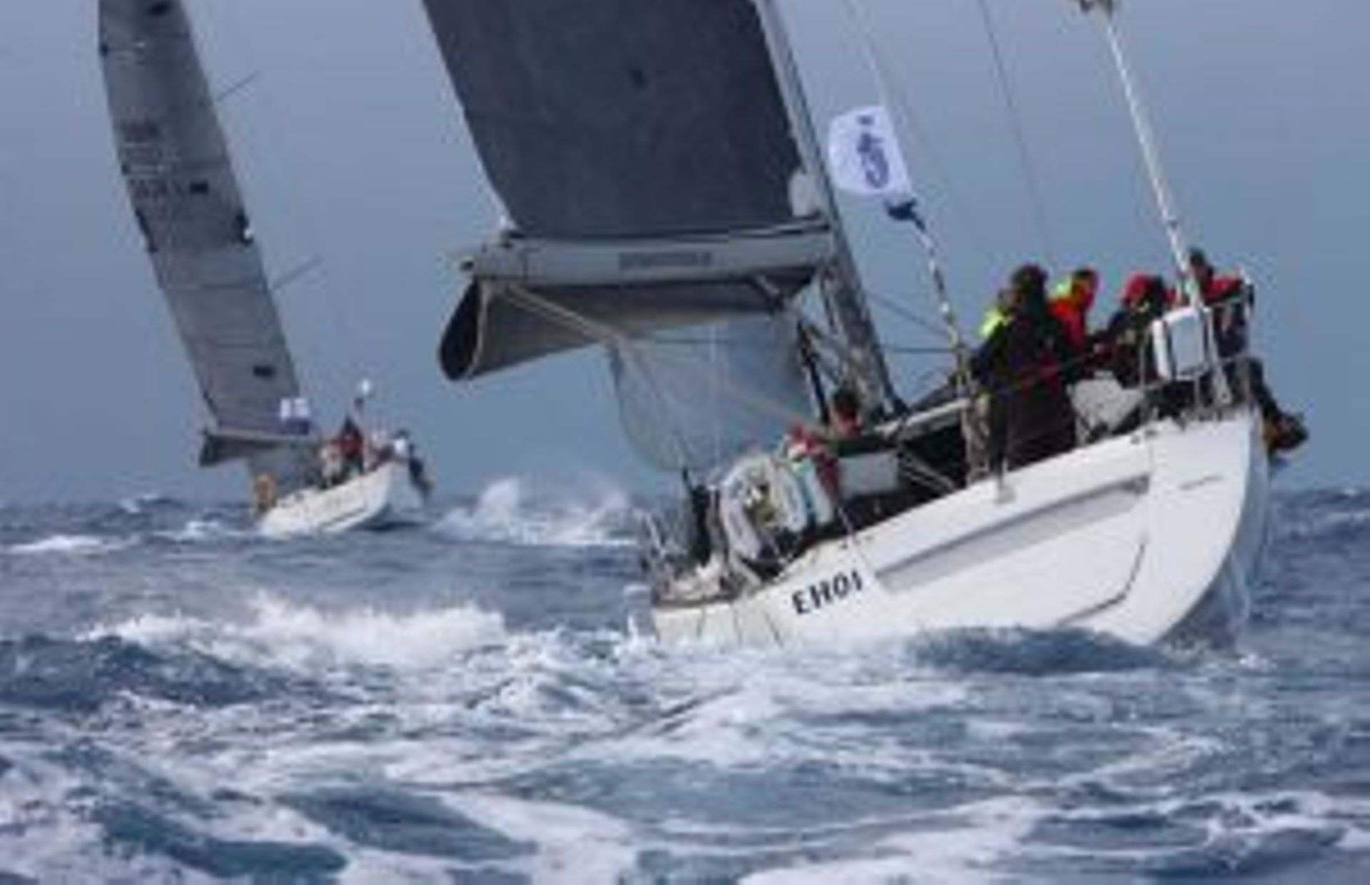 https://media.insailing.com/boat/beneteau-first-477---eh01/image_1594988072460.jpg