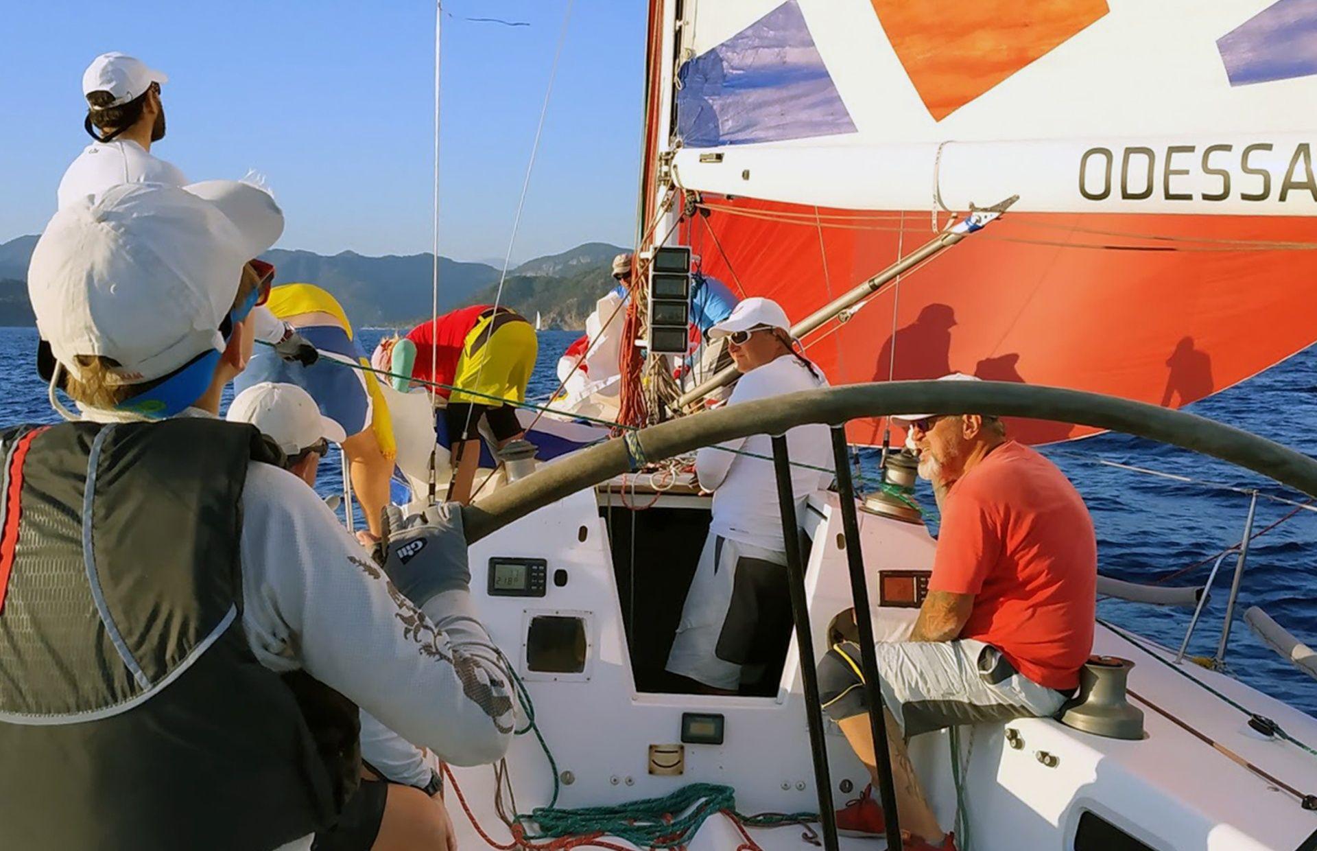 https://media.insailing.com/boat/buyan/image_1579256057002.jpg