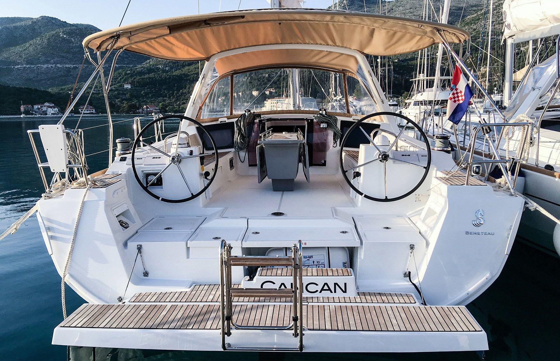 https://media.insailing.com/boat/cancan/image_1572364310460.jpg