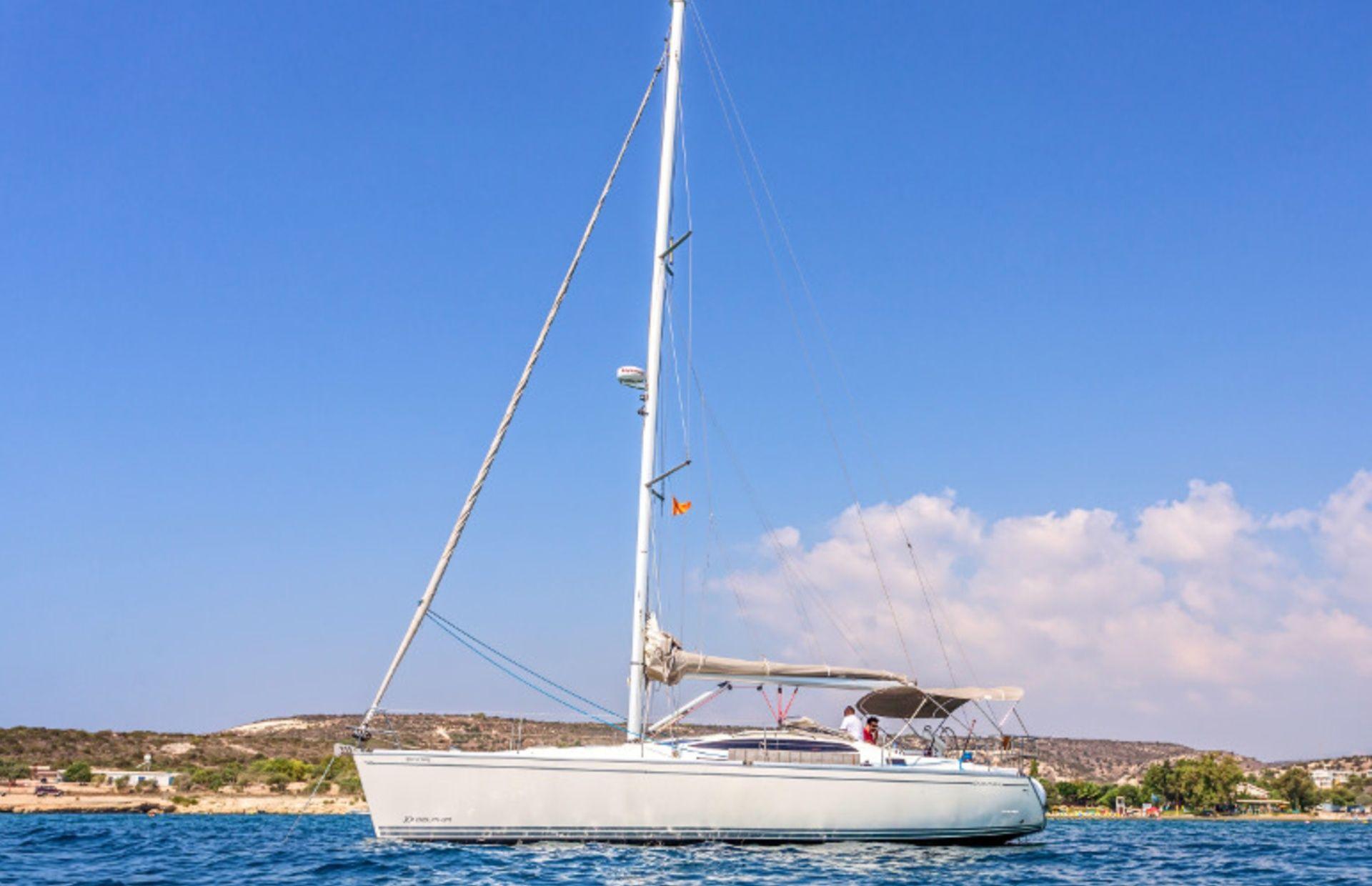 https://media.insailing.com/boat/delphia-40.3/image_1570604642466.jpg