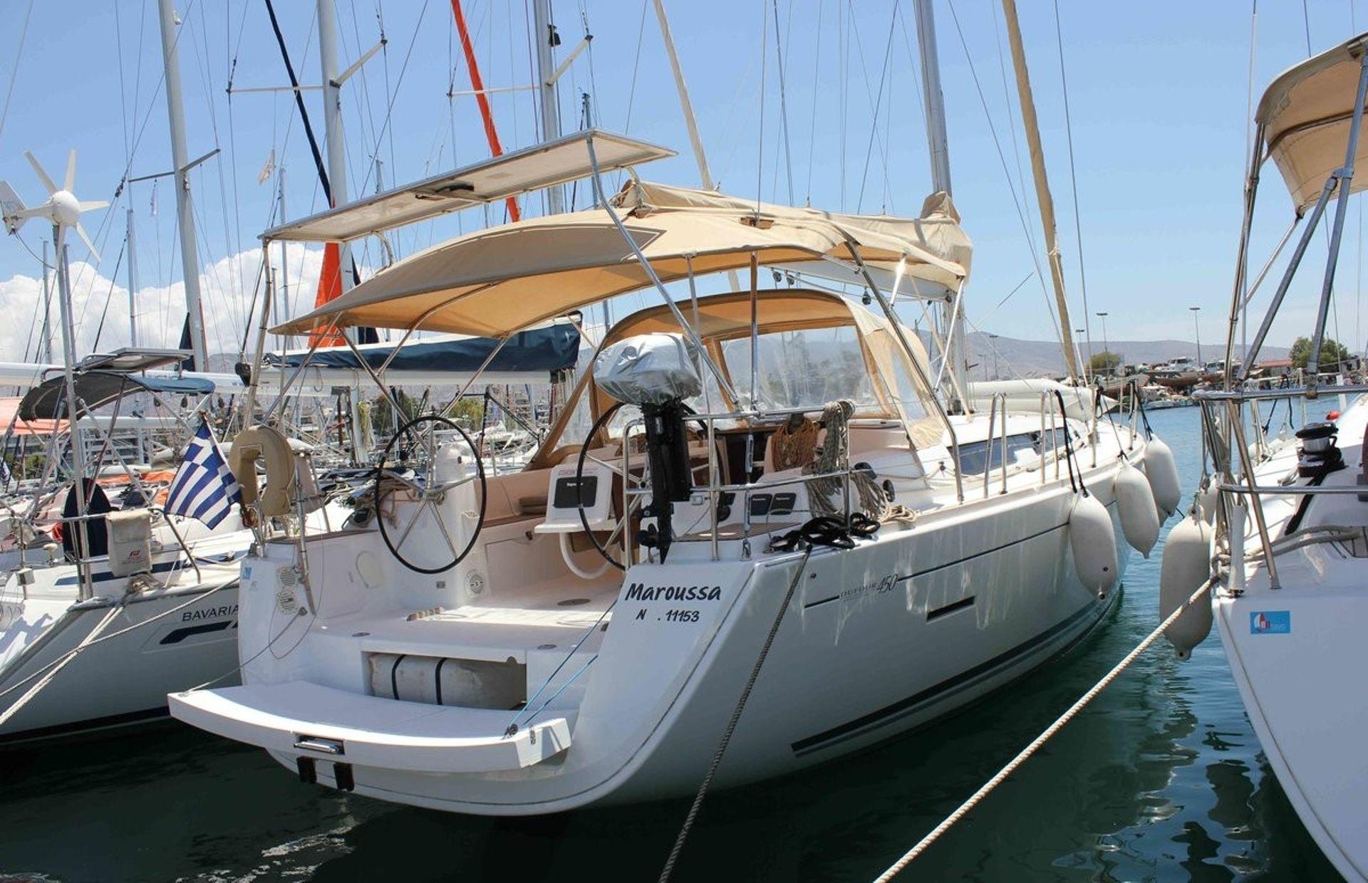 https://media.insailing.com/boat/dufour-450-gl/image_1596793001313.jpg