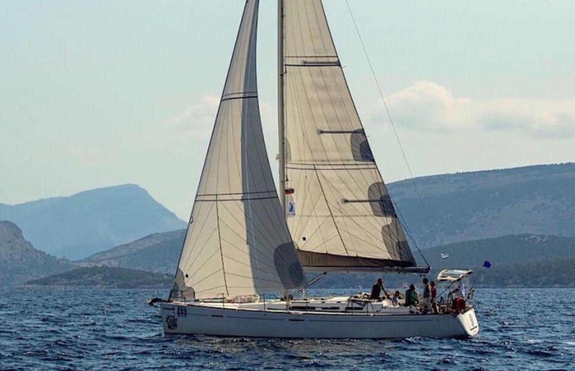https://media.insailing.com/boat/dufour-45e-perfomance/image_1580981679981.jpg