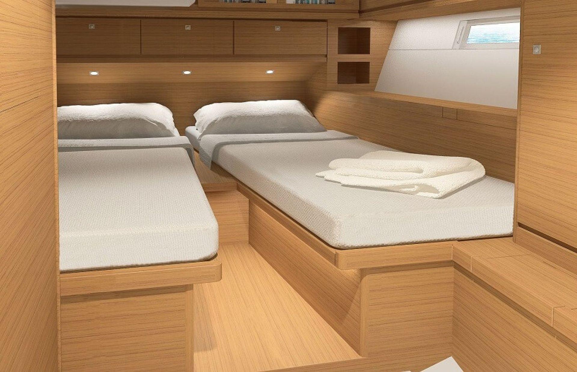 https://media.insailing.com/boat/dufour-520/image_1571034847426.jpg