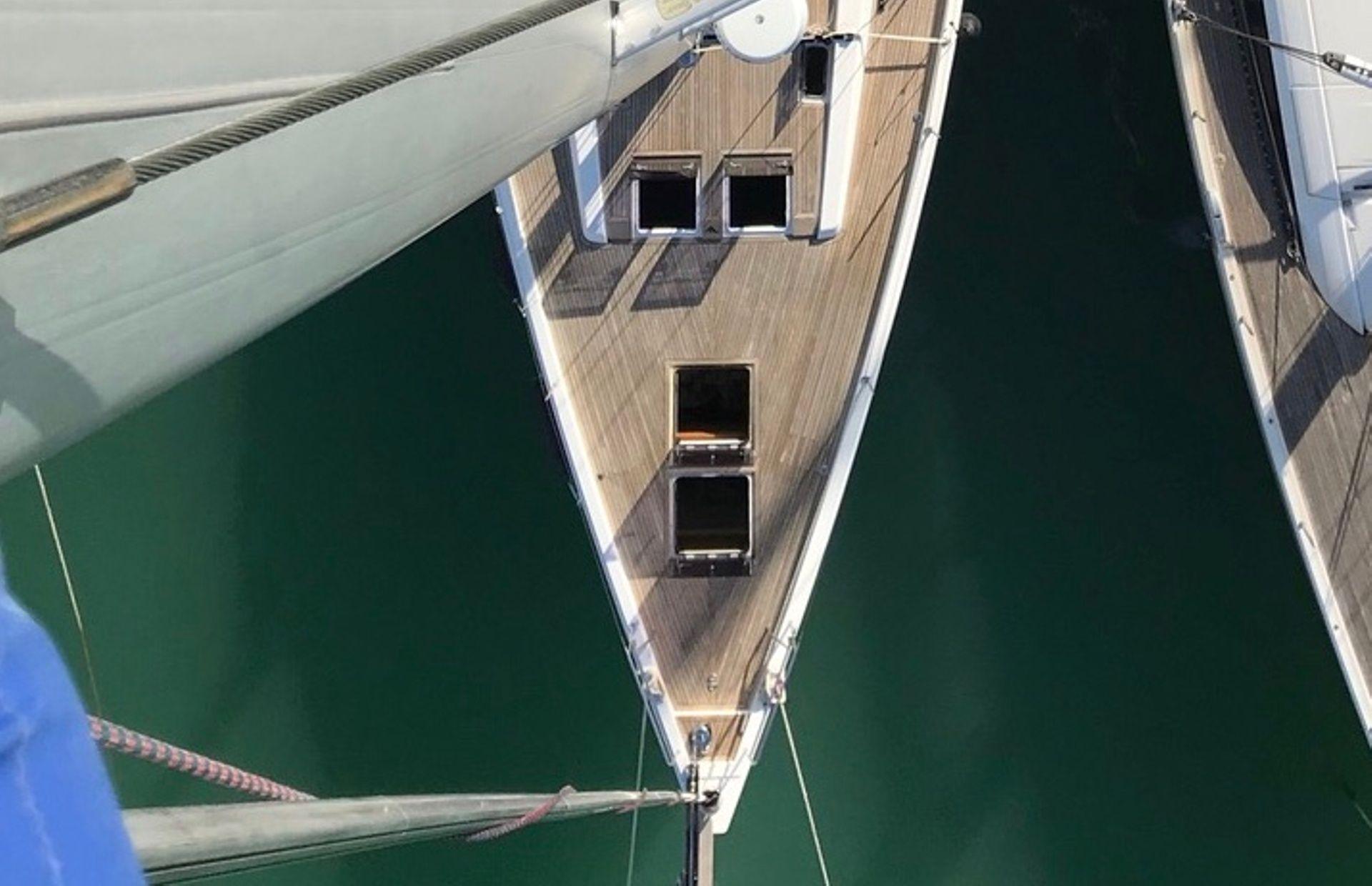 https://media.insailing.com/boat/earwen/image_1586788495731.jpg