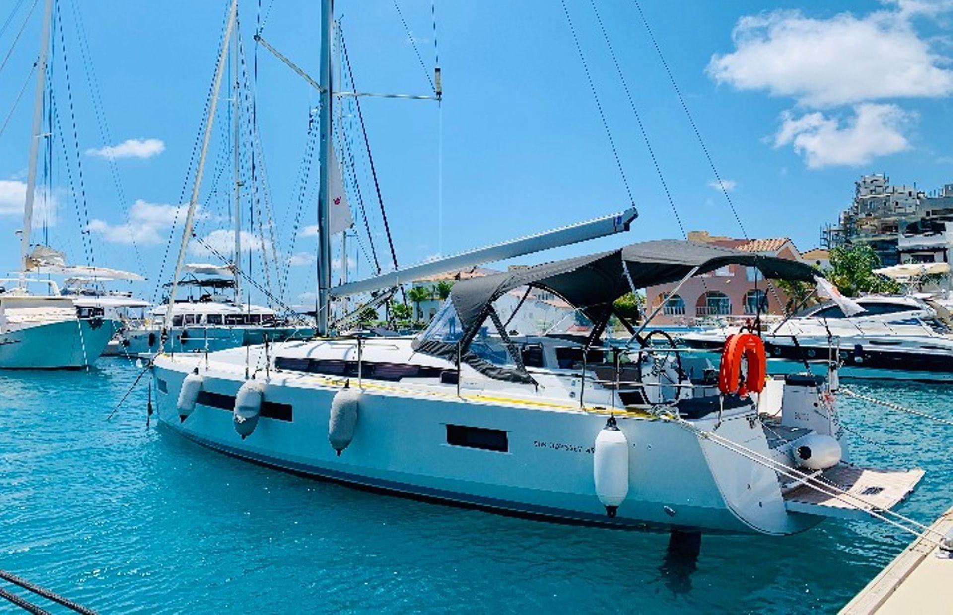 https://media.insailing.com/boat/eitan/image_1595485013364.jpg