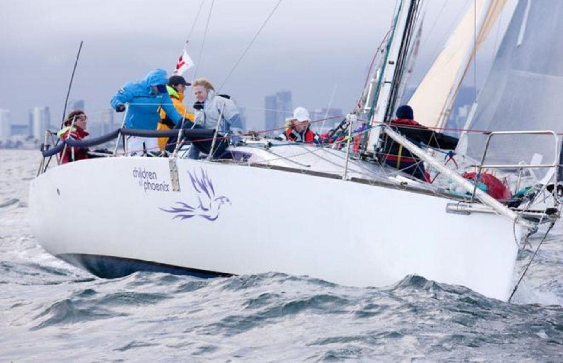 https://media.insailing.com/boat/elliot/image_1590498539464.jpg