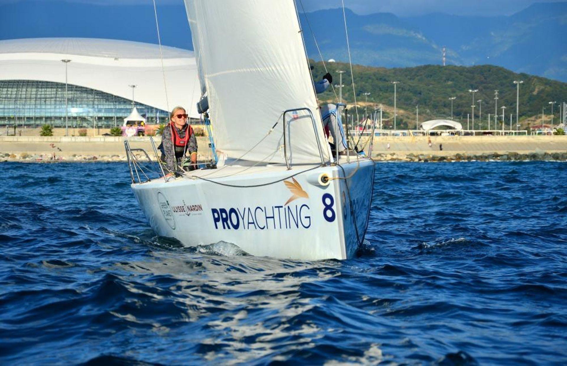 https://media.insailing.com/boat/gp26/image_1590997172546.jpg