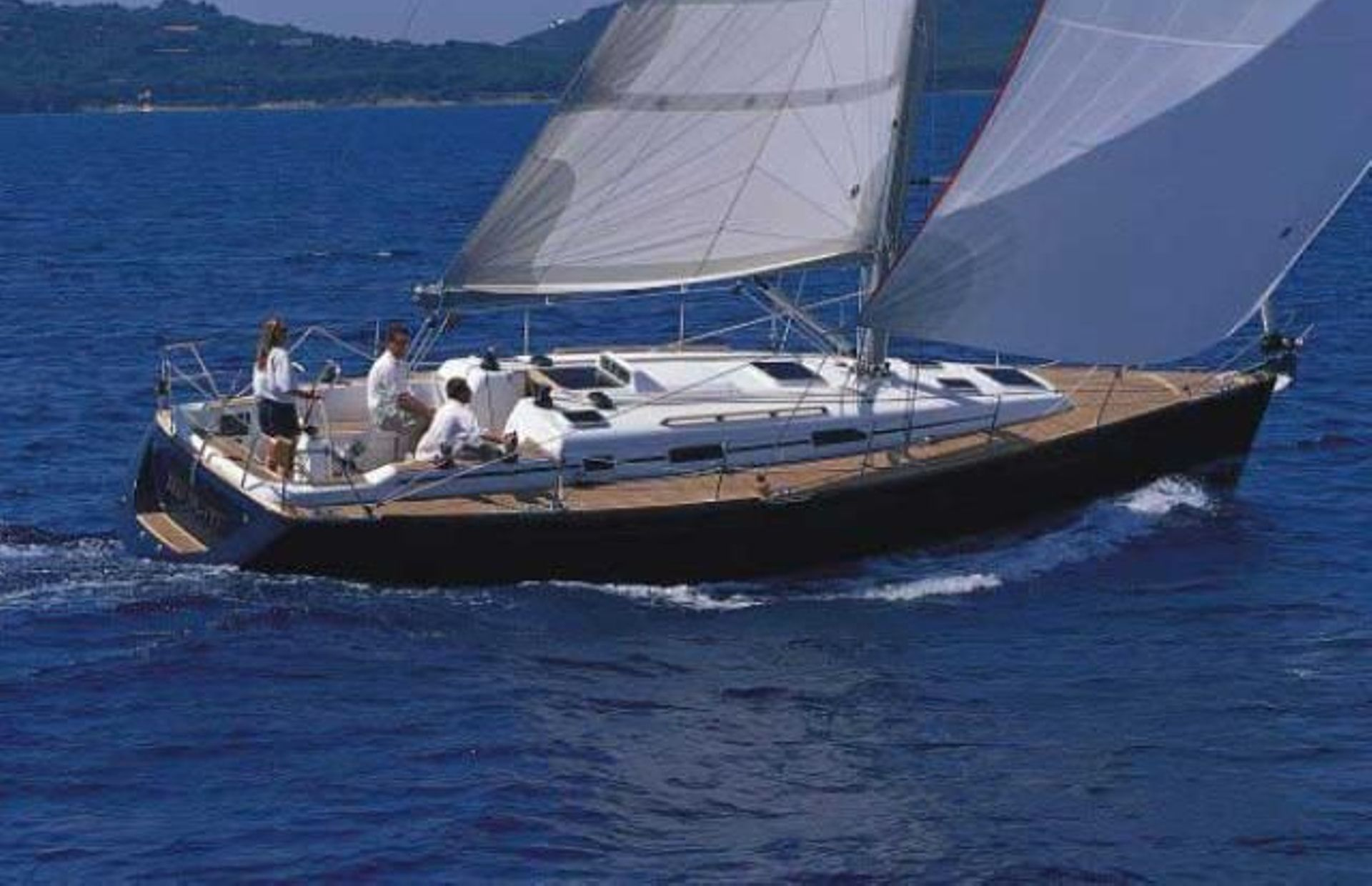 https://media.insailing.com/boat/grand-soleil-40/image_1580823009323.jpg