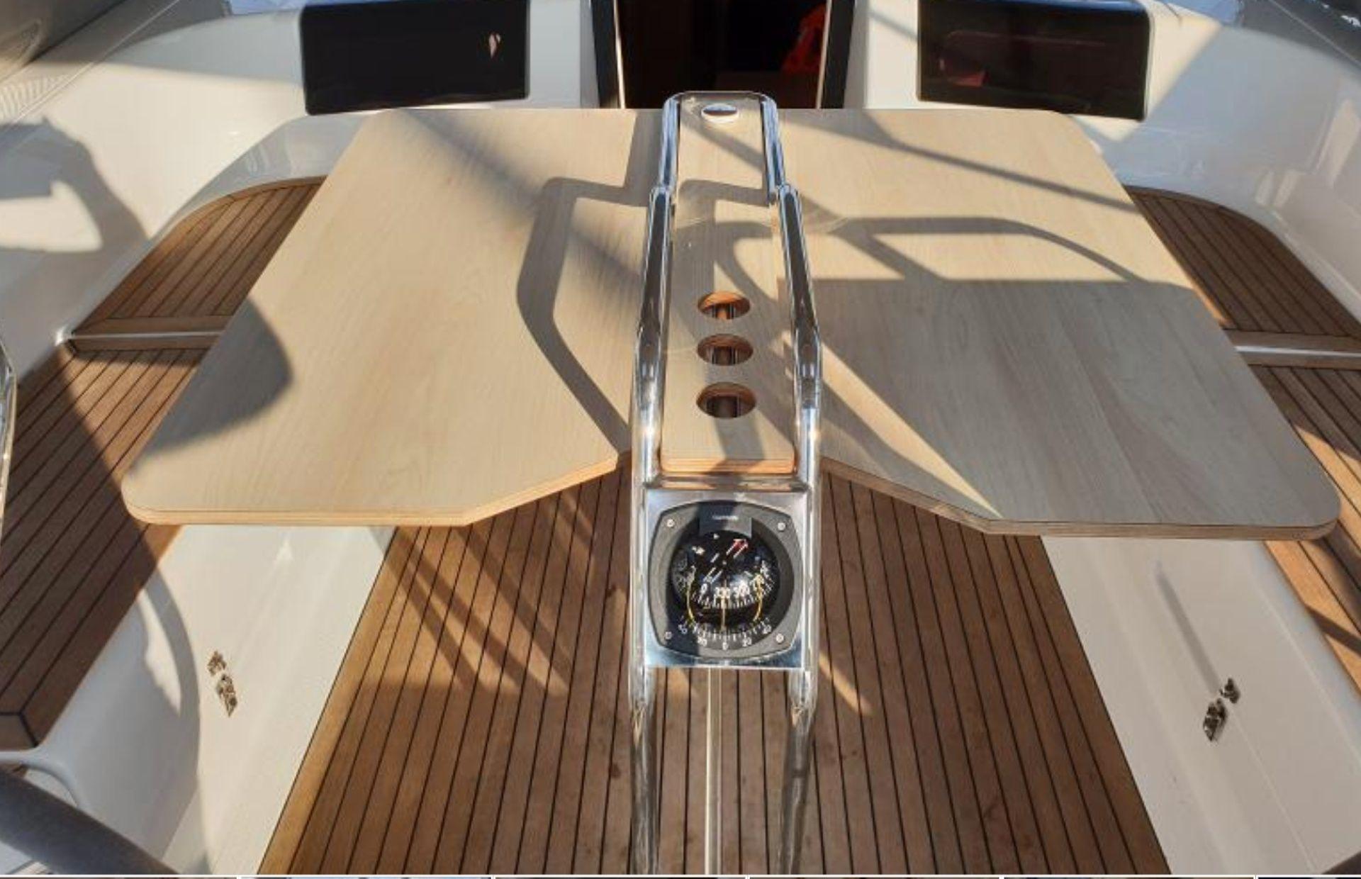 https://media.insailing.com/boat/hansa-455-dd-kufner-50/image_1580648750852.jpg