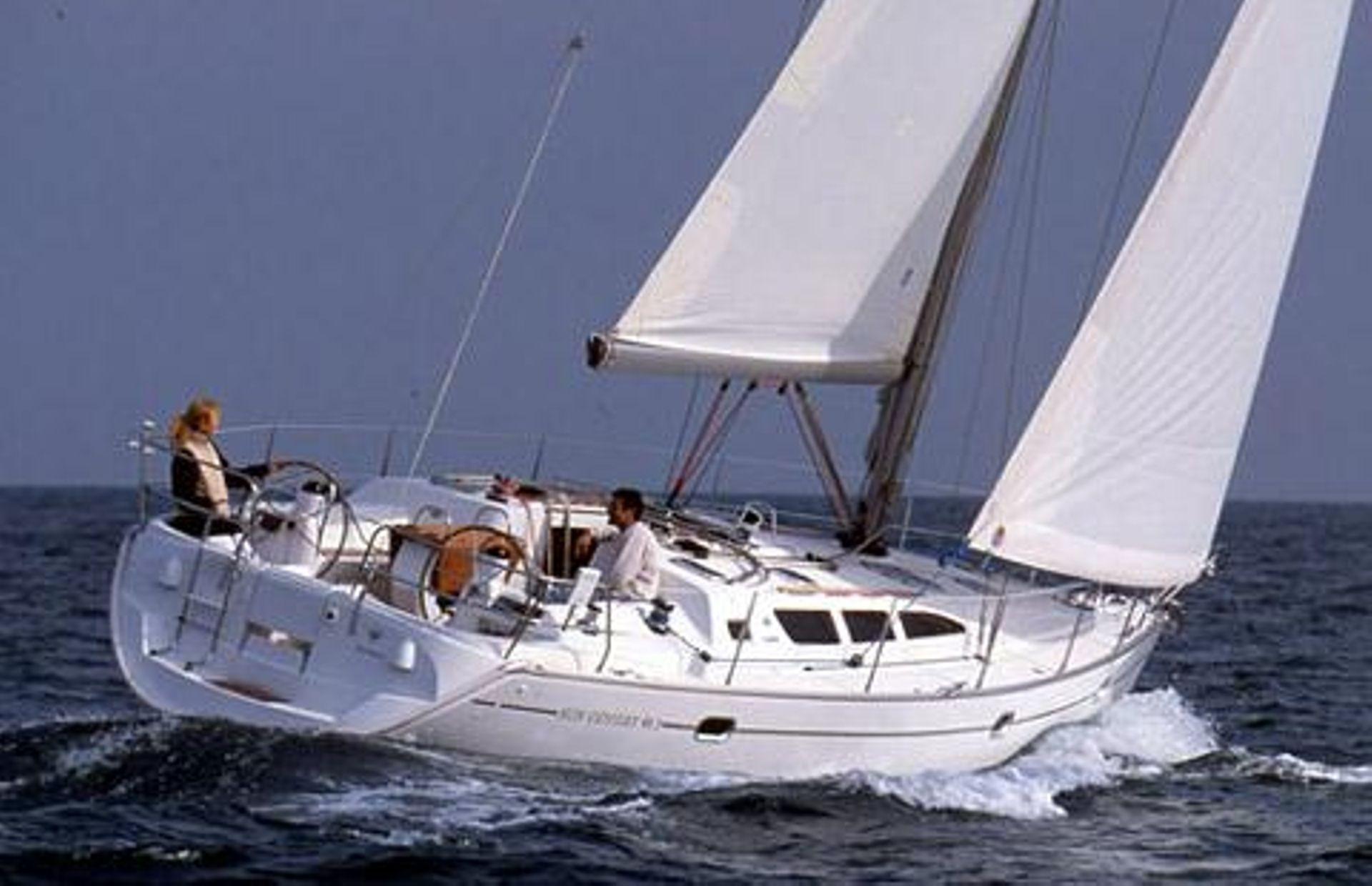 https://media.insailing.com/boat/jeannau-40.3/image_1570605917292.jpg