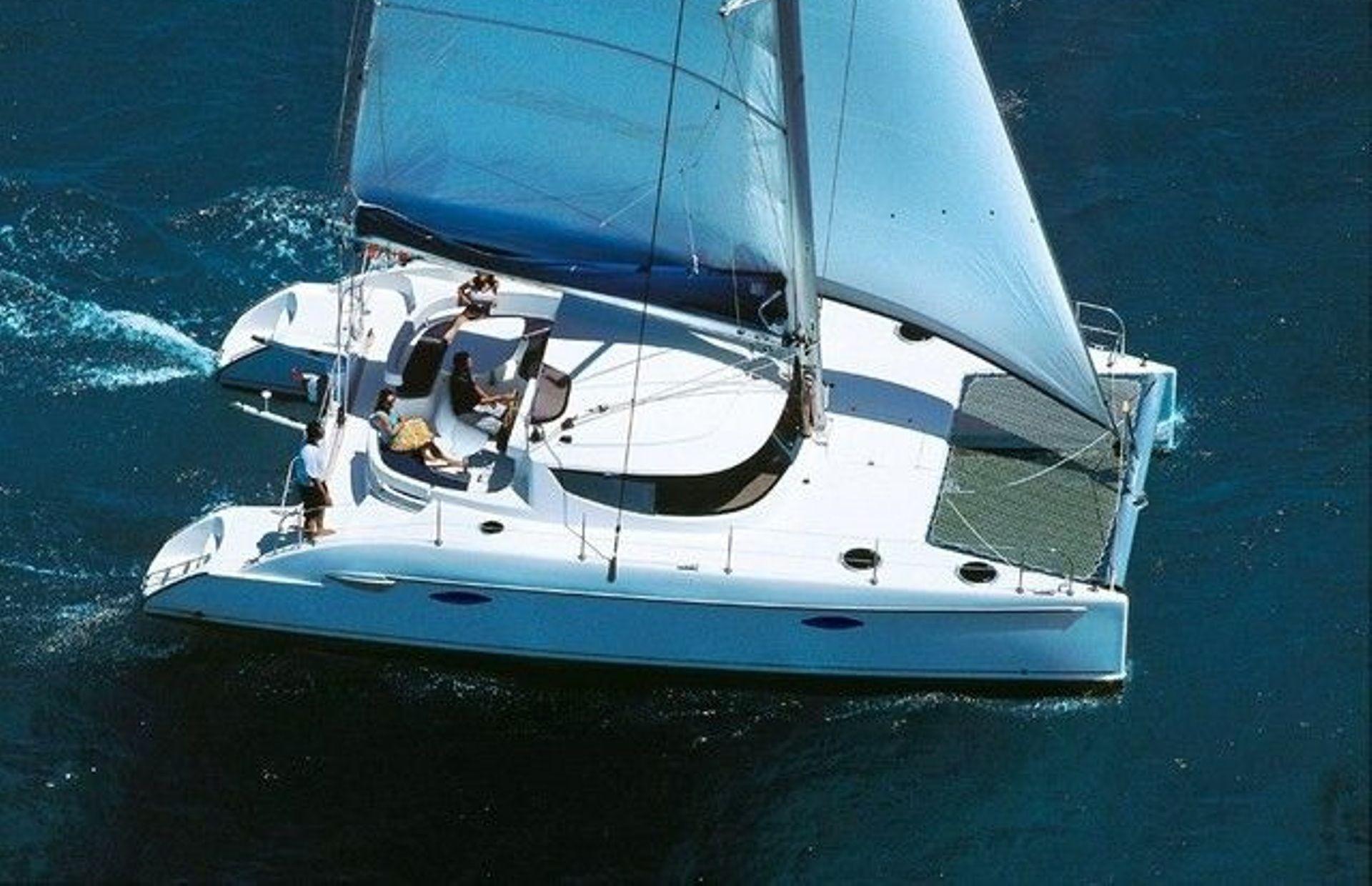 https://media.insailing.com/boat/katamaran-daniela/image_1580888932693.jpg