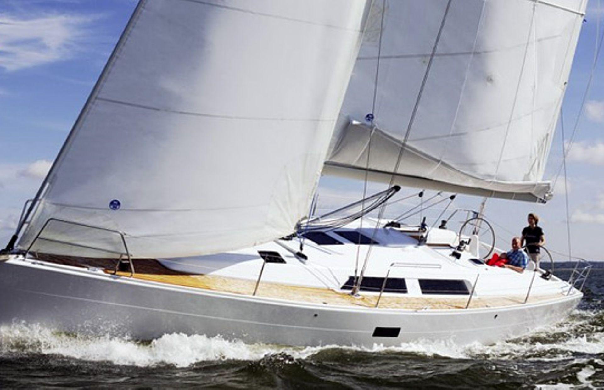 https://media.insailing.com/boat/nauticum-2/image_1595575214407.jpg