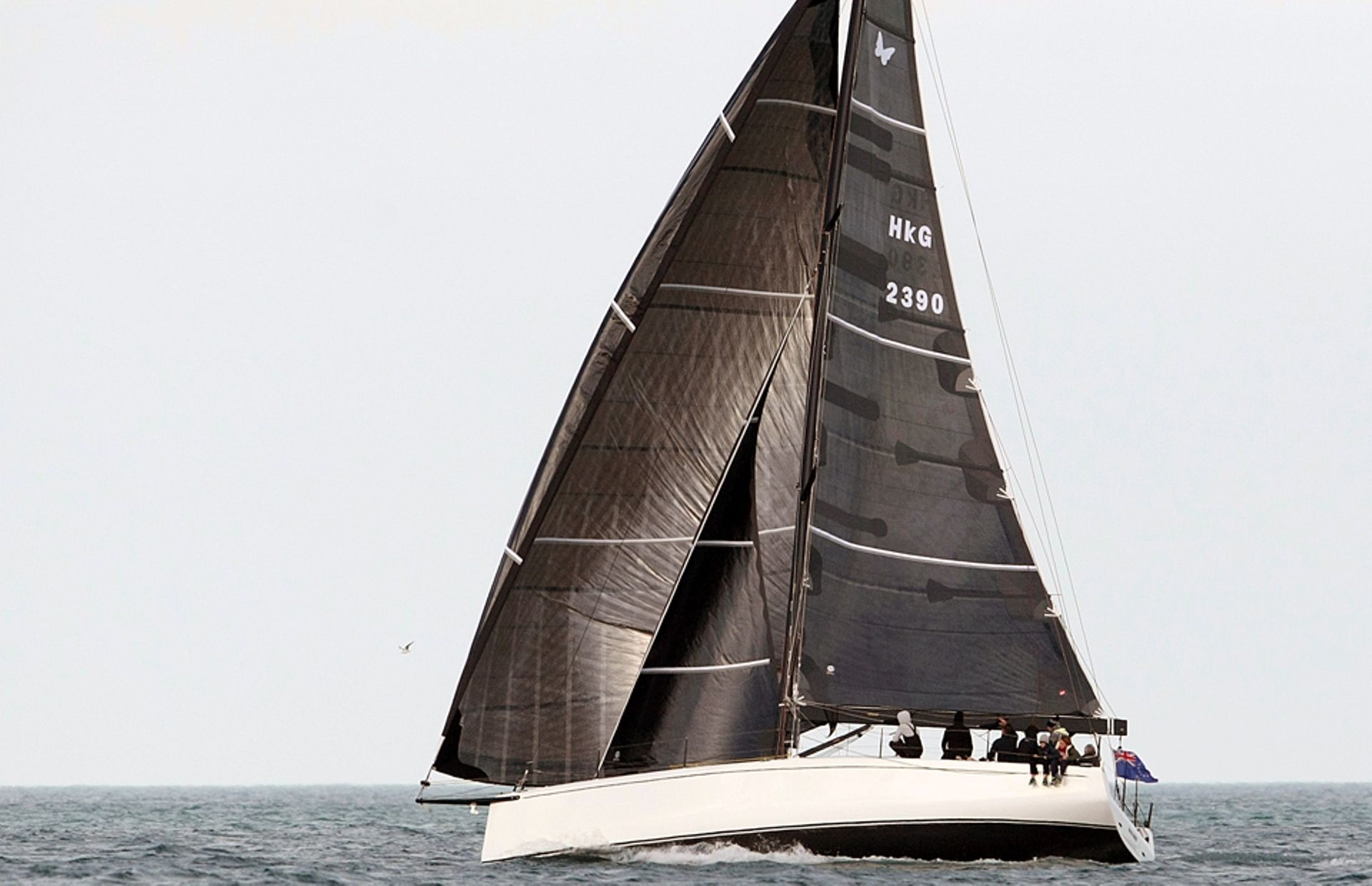 https://media.insailing.com/boat/neo-400/image_1574242677759.jpg