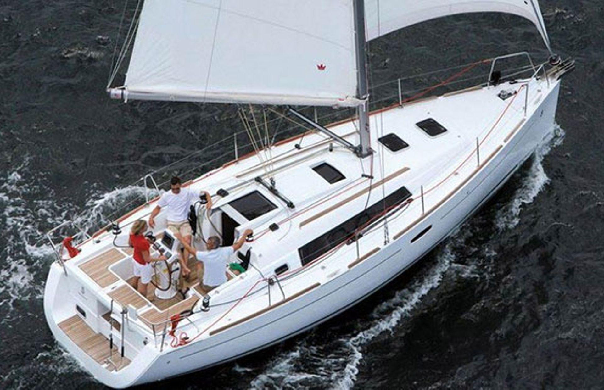 https://media.insailing.com/boat/oceanis-34/image_1567608188531.jpg