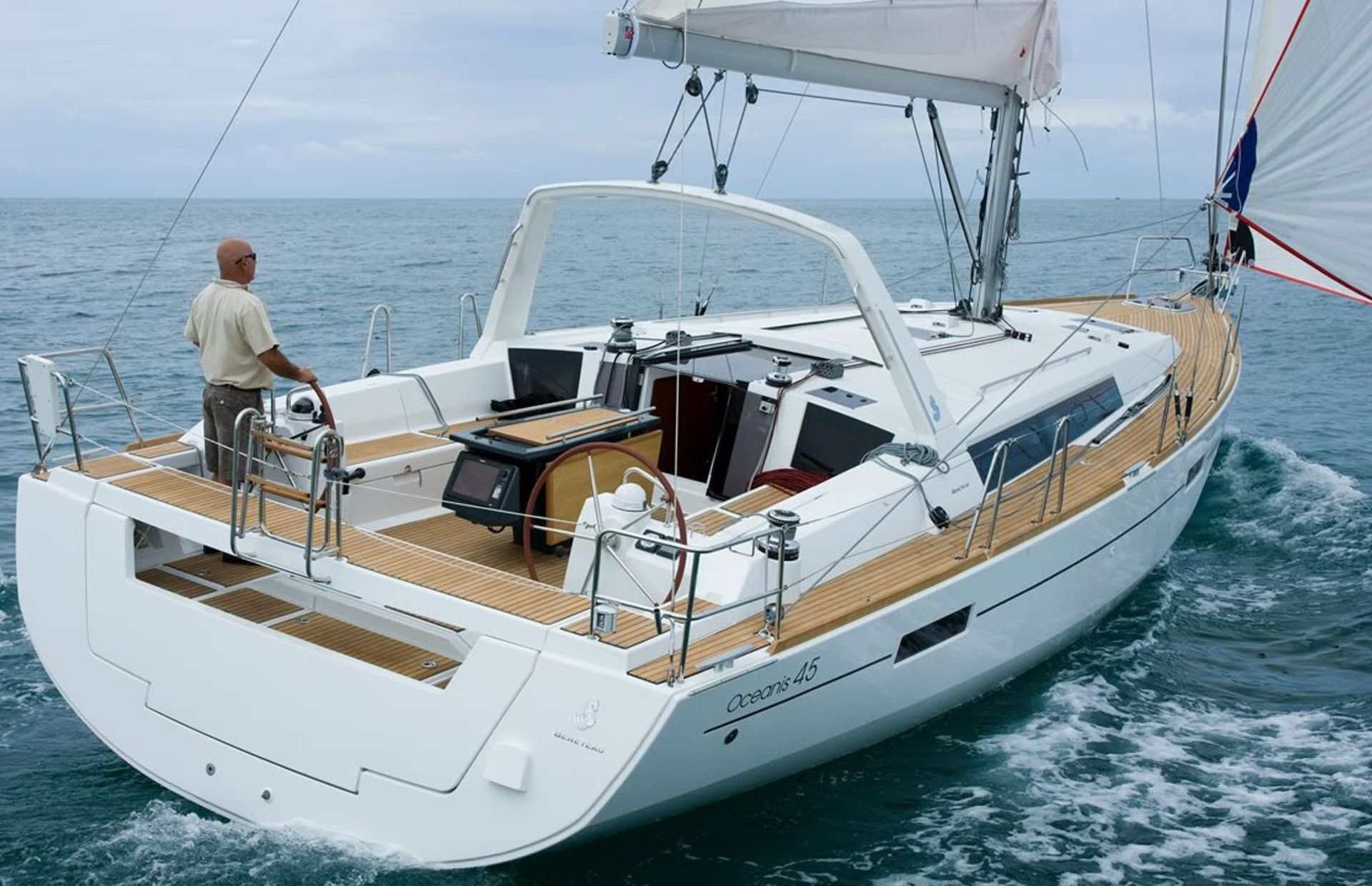 https://media.insailing.com/boat/oceanis-45/image_1596798028532.jpg