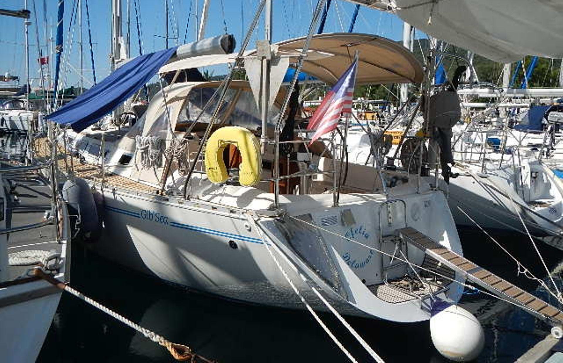 https://media.insailing.com/boat/ofelia/image_1569580195938.jpg