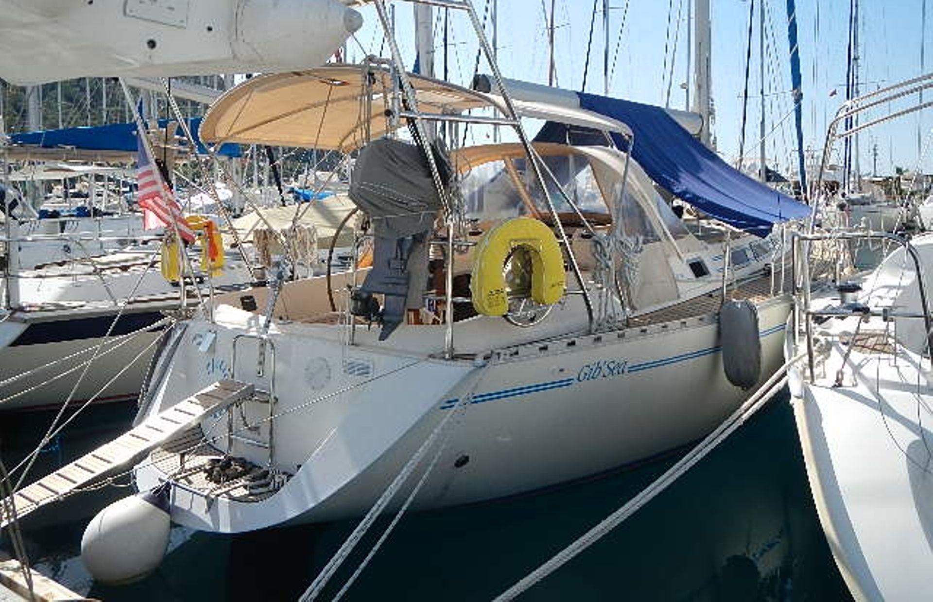 https://media.insailing.com/boat/ofelia/image_1569580195942.jpg