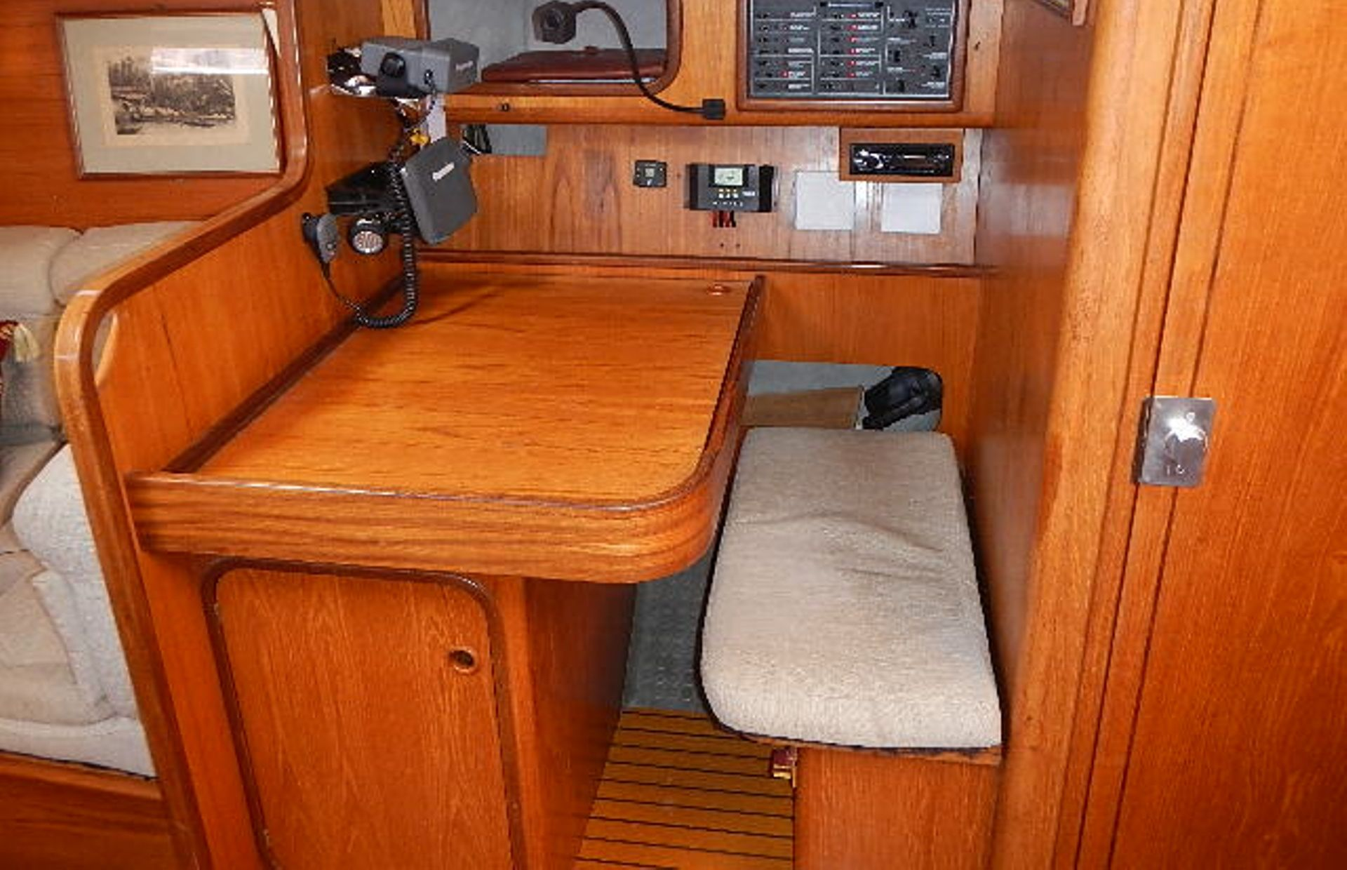 https://media.insailing.com/boat/ofelia/image_1569580195944.jpg