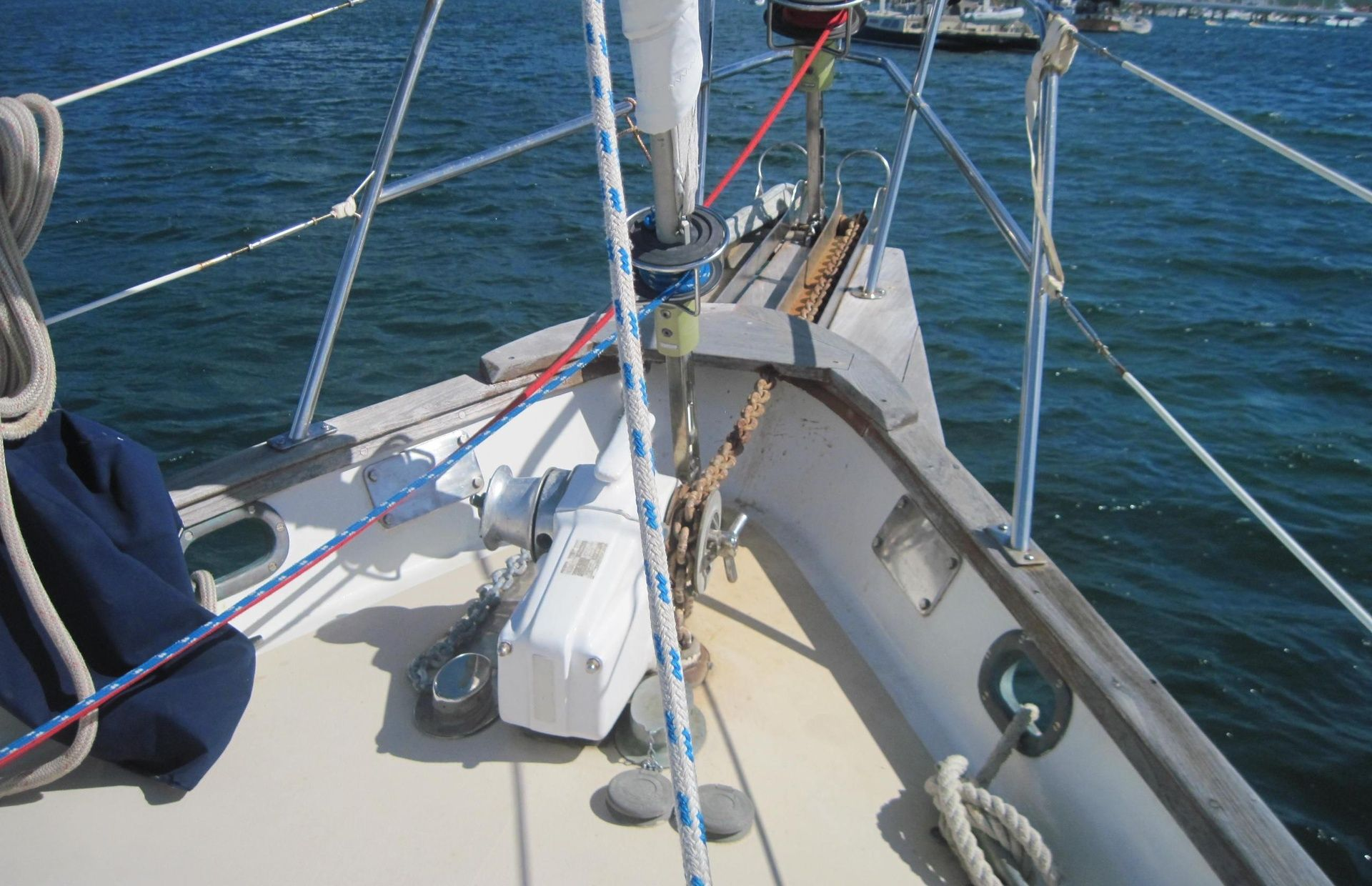 https://media.insailing.com/boat/oia/image_1582274991182.jpg