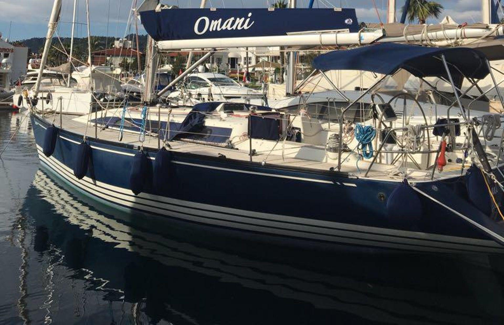 https://media.insailing.com/boat/omani/image_1581533173378.jpg