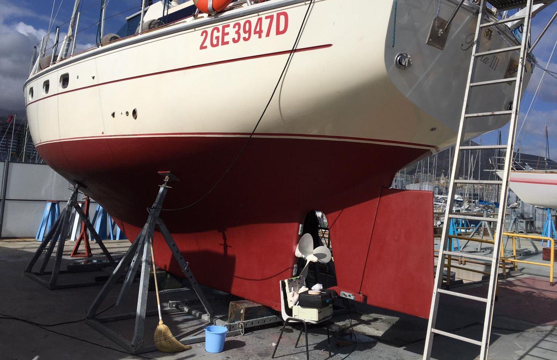 https://media.insailing.com/boat/paola-iii/image_1582209583517.jpg