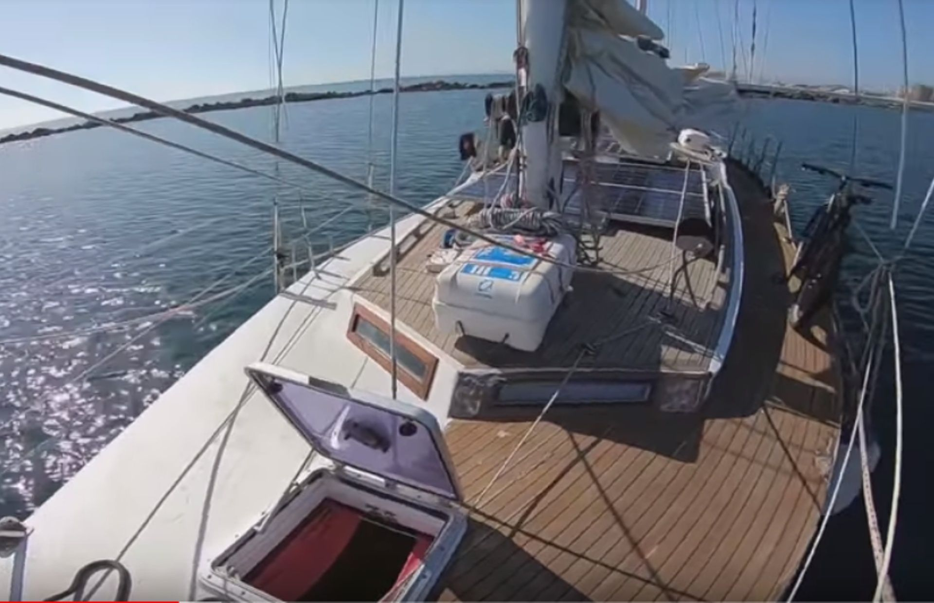 https://media.insailing.com/boat/parusnaya-yahta/image_1573462934980.jpg