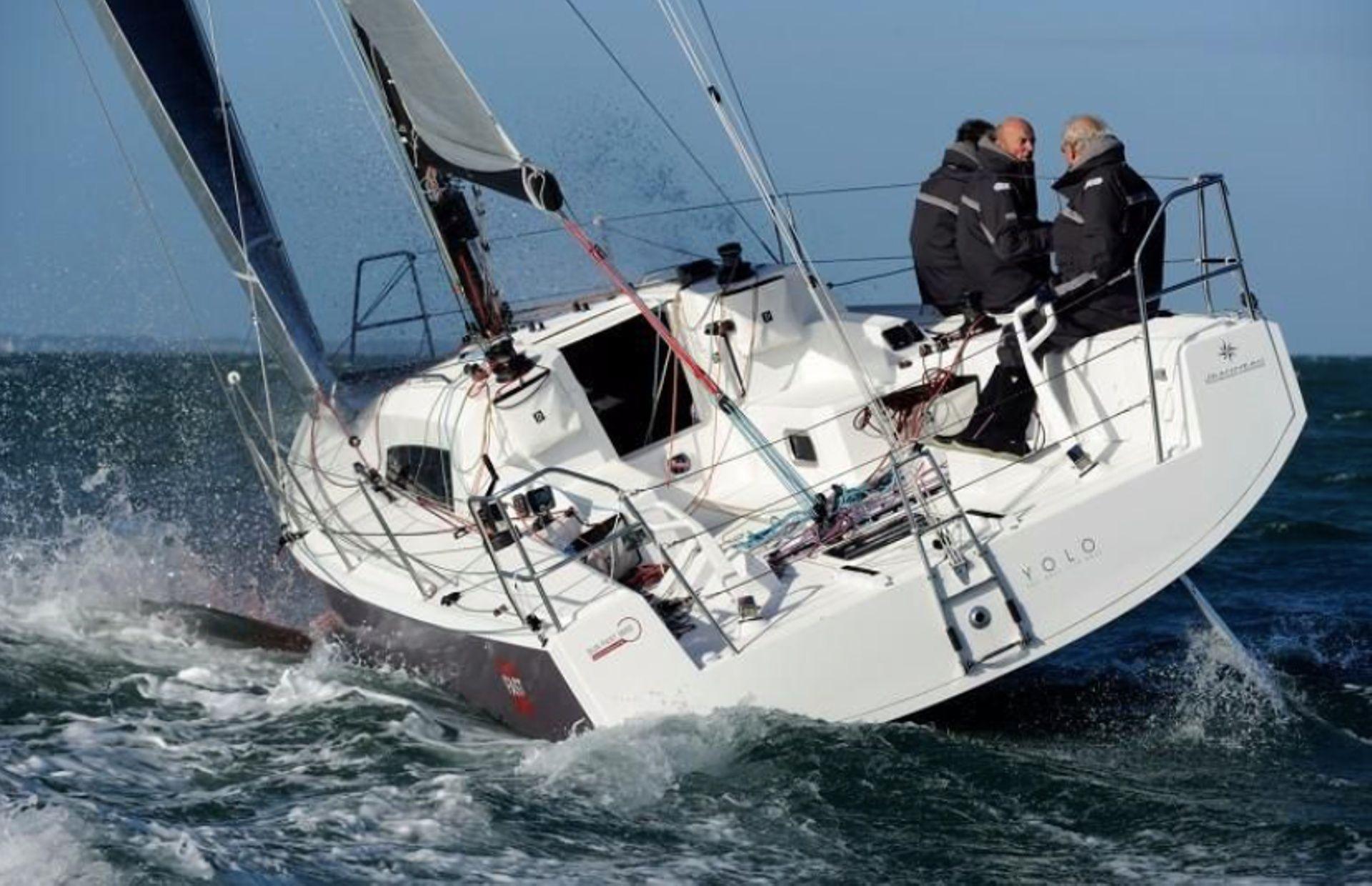 https://media.insailing.com/boat/sun-fast/image_1563385730756.jpg