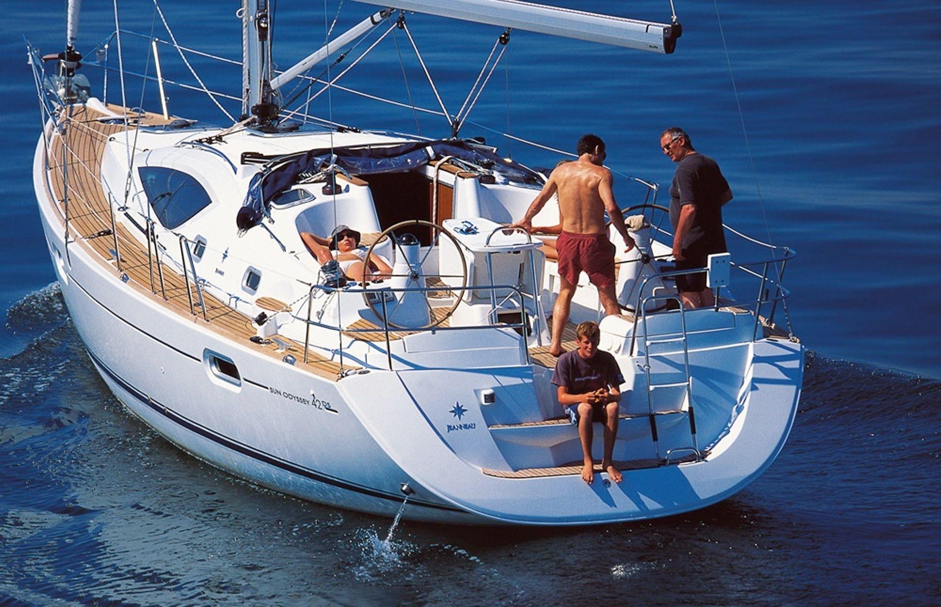 https://media.insailing.com/boat/sun-odyssey-42/image_1570627389994.jpg