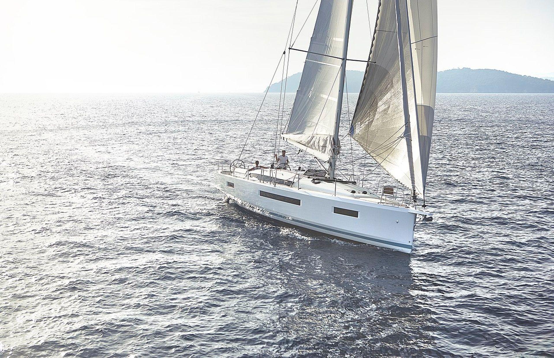 https://media.insailing.com/boat/sun-odyssey-439/image_1589277971605.jpg