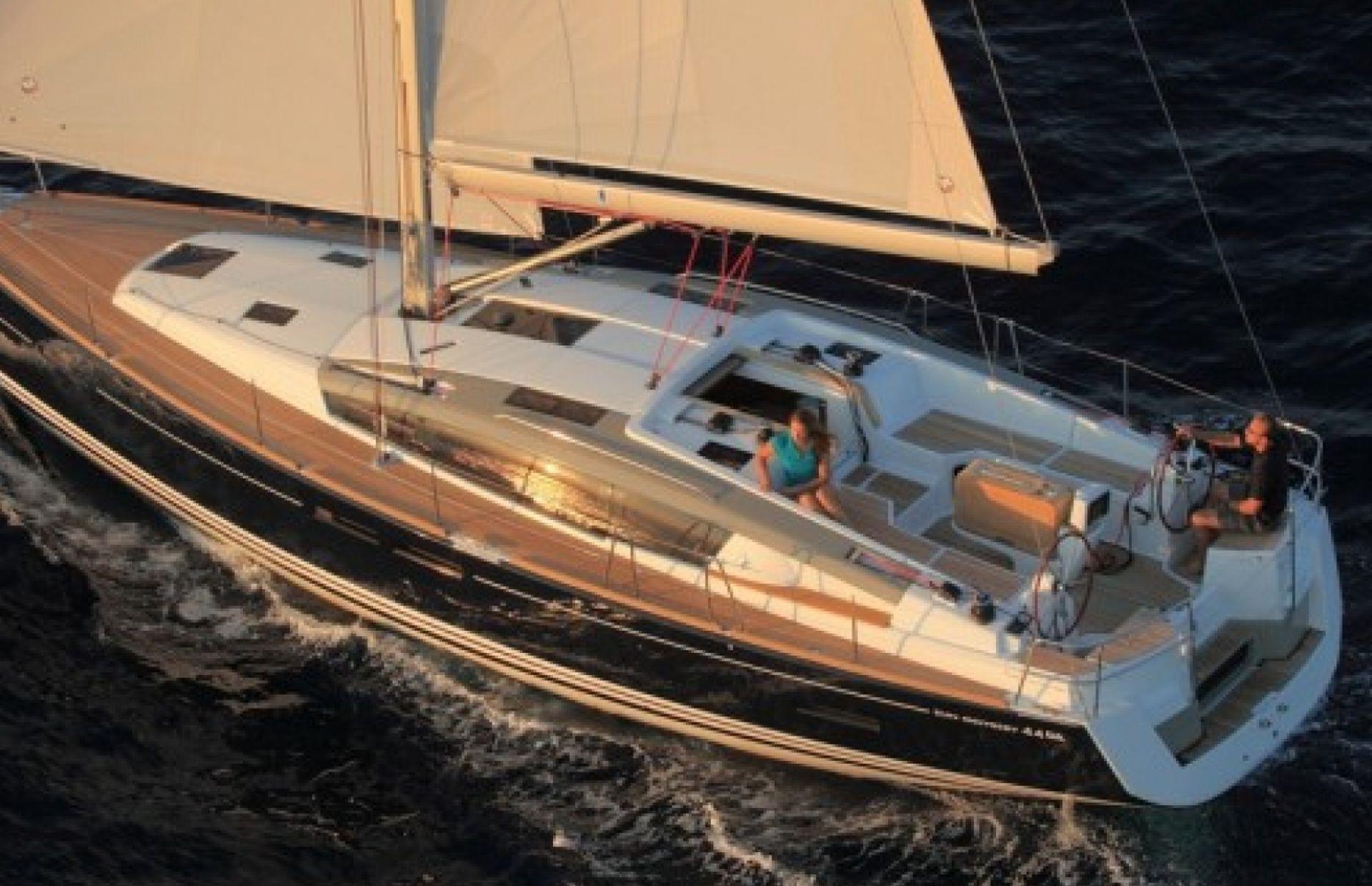 https://media.insailing.com/boat/sun-odyssey-44/image_1573726273382.jpg