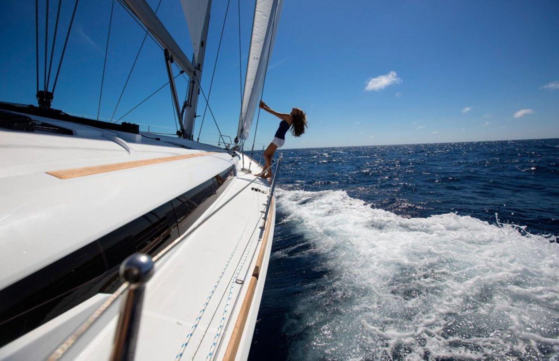 https://media.insailing.com/boat/sun-odyssey-469/image_1572450791868.jpg