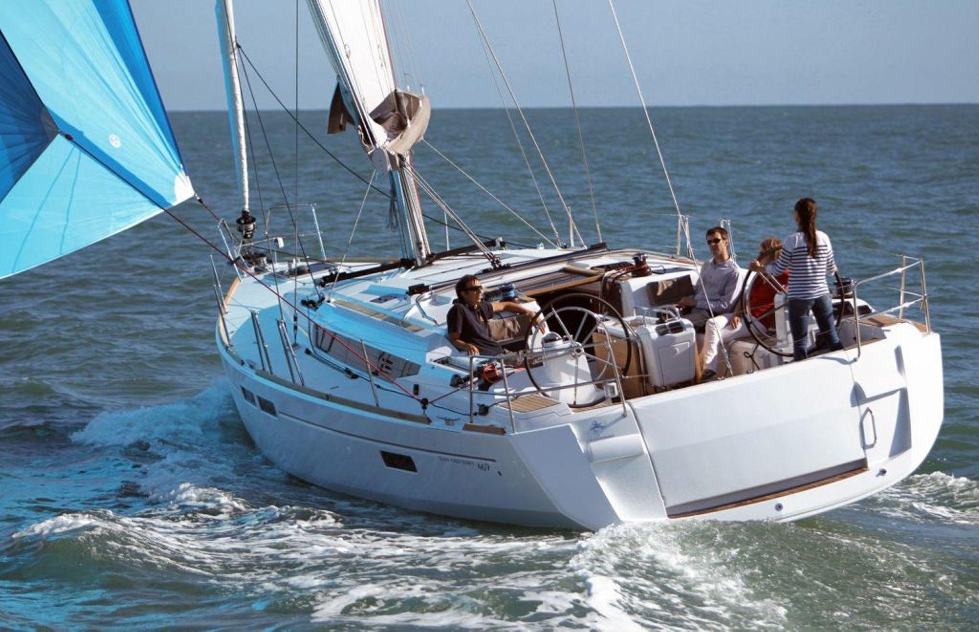https://media.insailing.com/boat/sun-odyssey-469/image_1572450791869.jpg