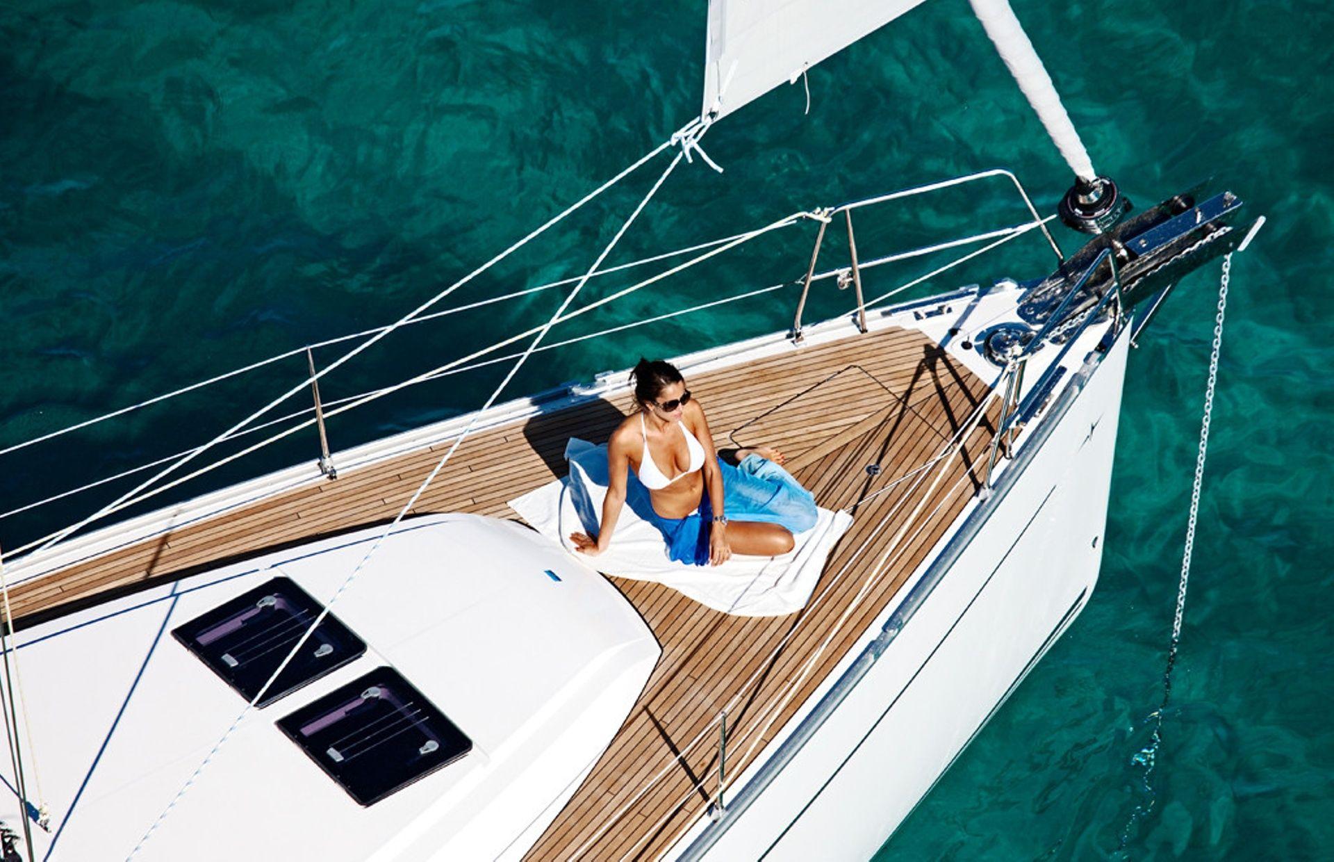 https://media.insailing.com/boat/sun-odyssey-519/image_1580825562277.jpg