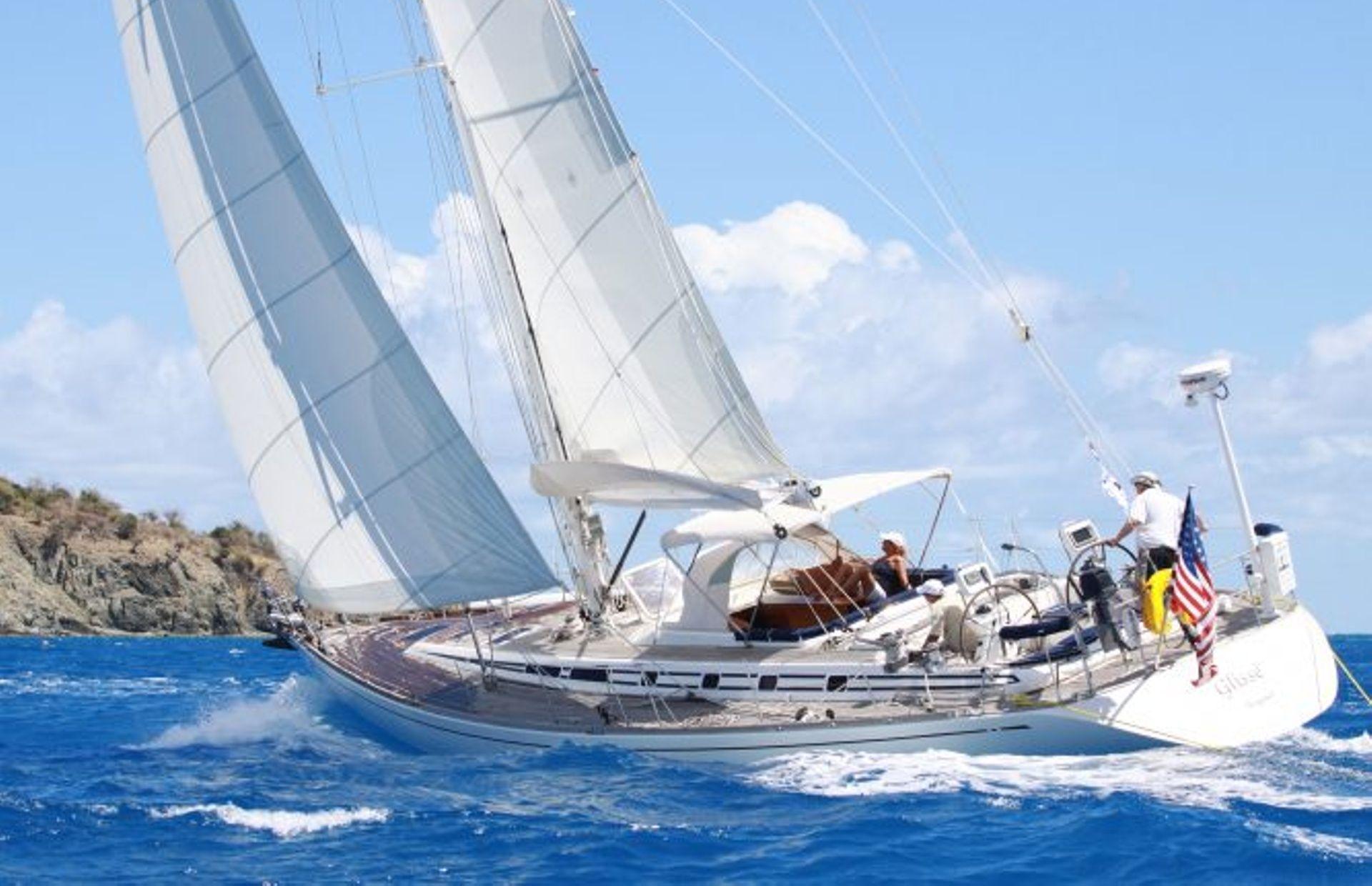 https://media.insailing.com/boat/swan-52/image_1564571977605.jpg