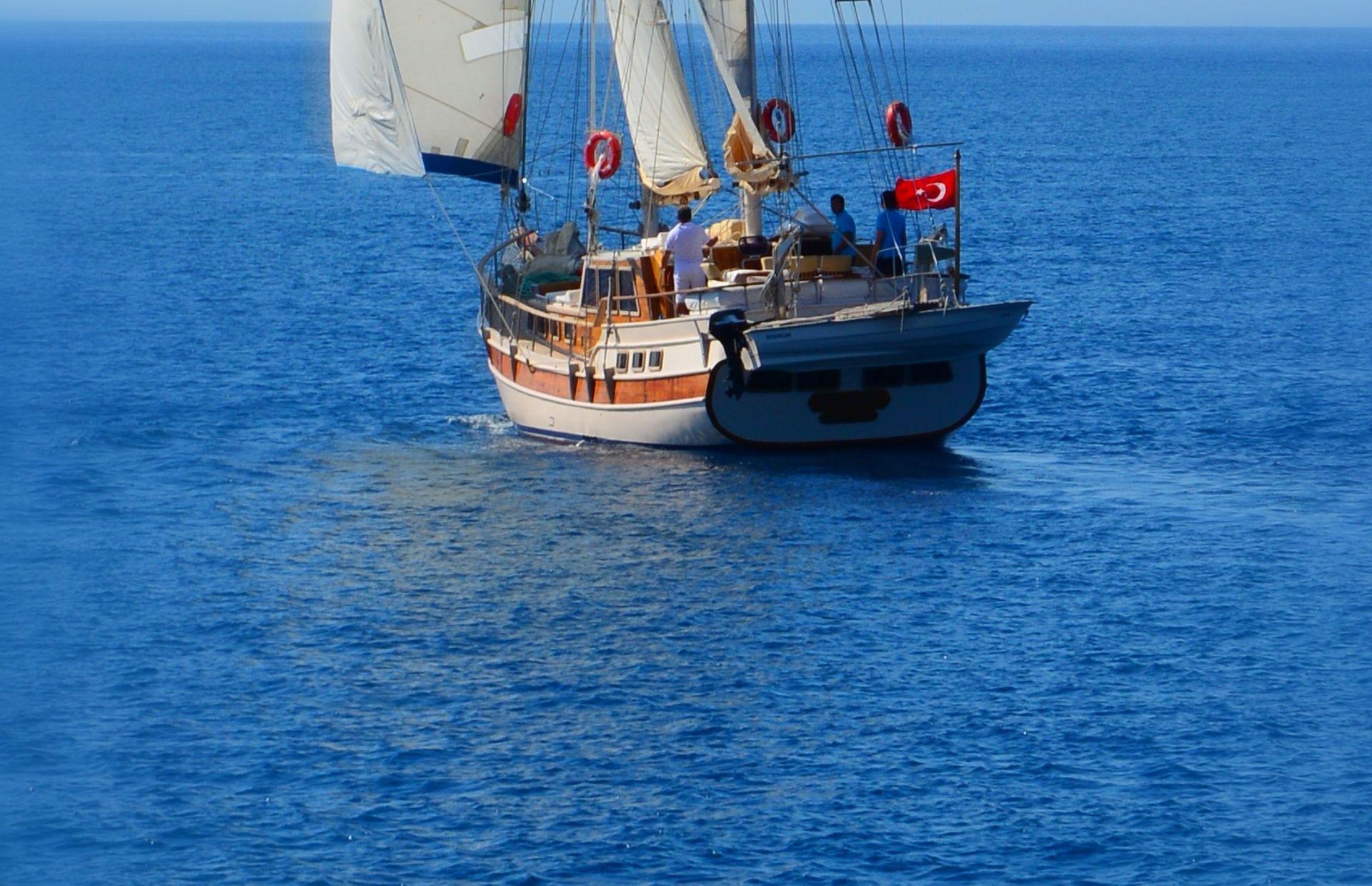 https://media.insailing.com/boat/tifil/image_1570087560198.jpg