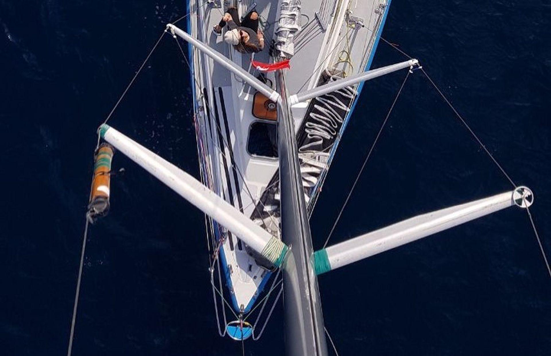 https://media.insailing.com/boat/valeria/image_1583496701403.jpg