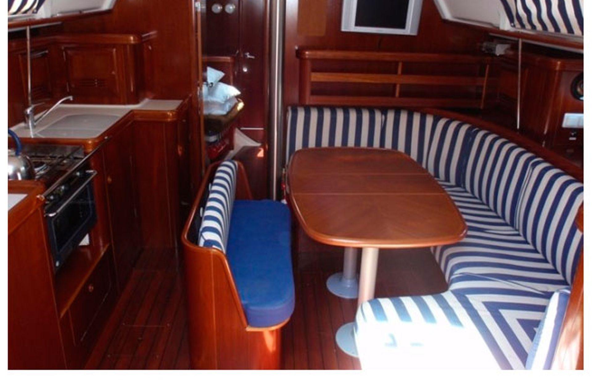 https://media.insailing.com/boat/white-pepper/image_1578498797127.jpg