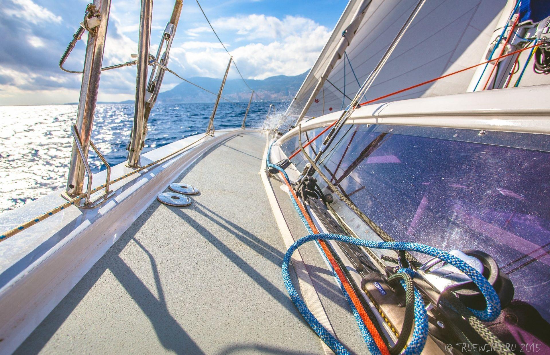 https://media.insailing.com/boat/yahta/image_1564642767462.jpg