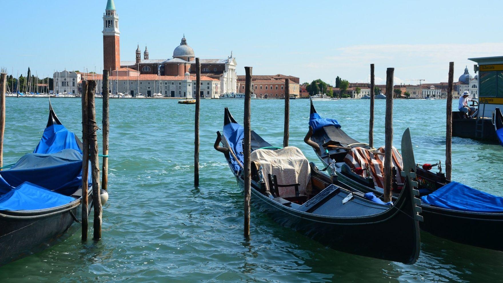 Путешествие на парусной яхте на архитектурную биеннале 2021, Венеция