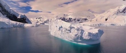 https://media.insailing.com/event/aurora-pod-parusom-v-antarktidu-4/image_1571902500393.jpg